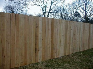 mid tenn wood privacy fence